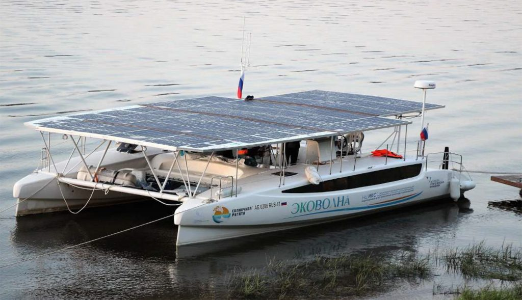 Ekovolna solar-powered catamaran